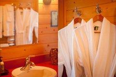 bathroom_robes