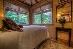 bedroom_window